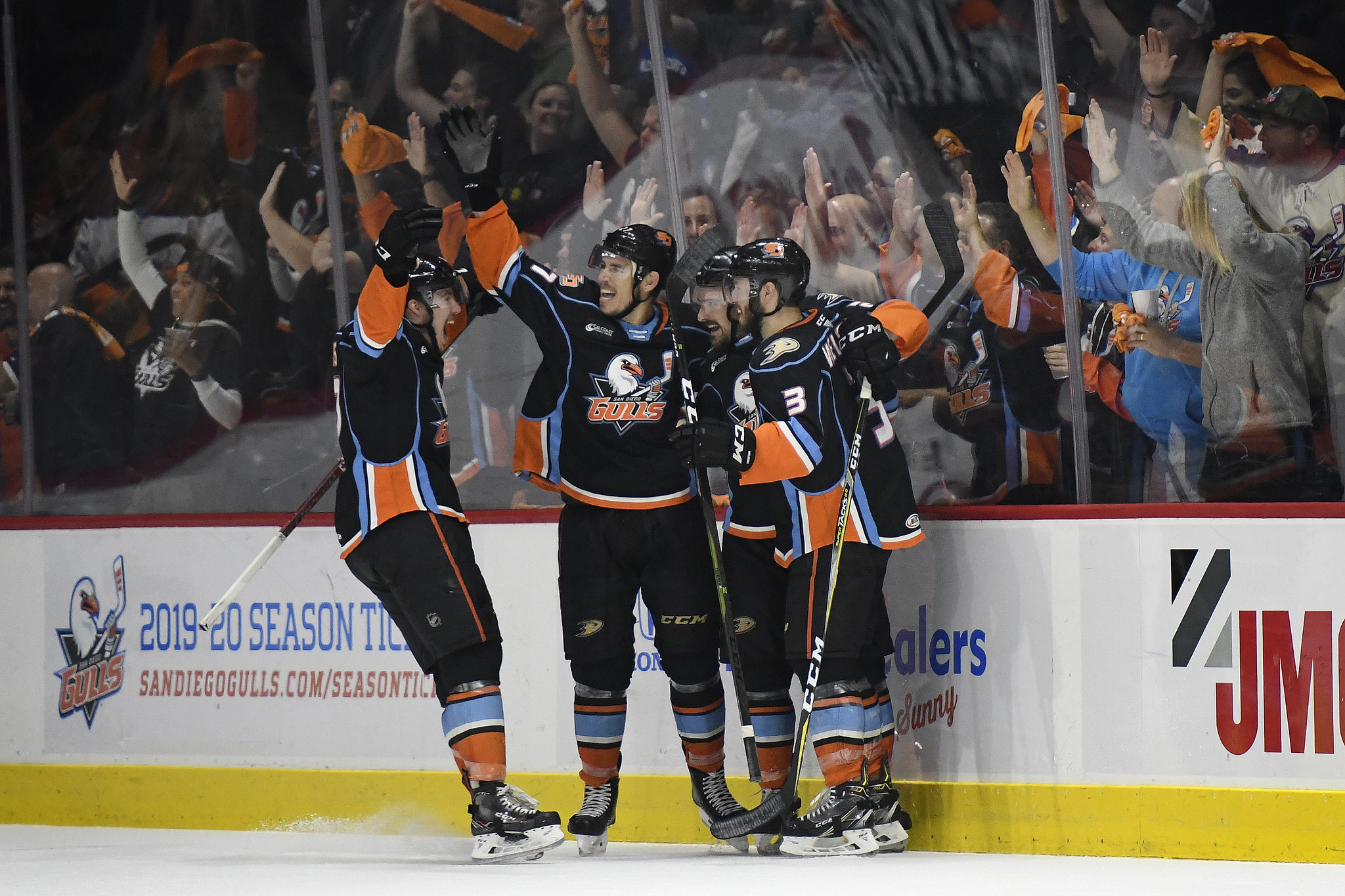 San Diego Gulls vs Bakersfield Condors: Game 6 – Defend The Nest